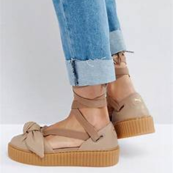 new concept 8ce19 797ee PRICE FIRM { FENTY PUMA } Leather Bow Creeper- NEW NWT